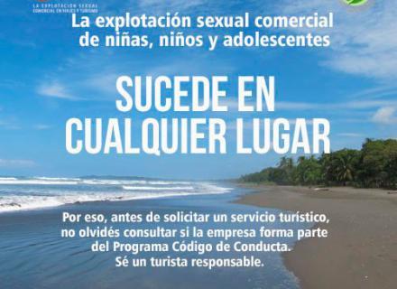 Imagen diurna de una playa tropical, con texto que nos recuerda que la trata de personas sucede a nuestro alrededor.